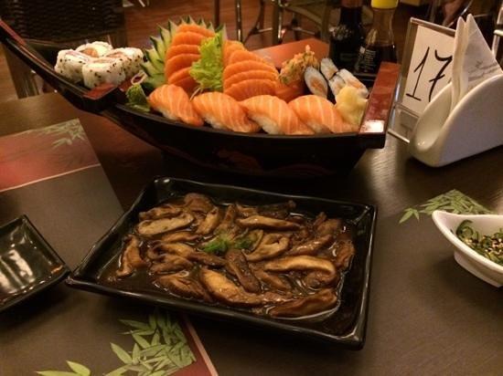 Asia Sushi Beer: Combinado de Salmão e Shittake battayaki
