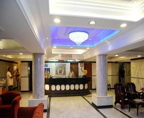 Hotel Yasodha Towers: Lobby