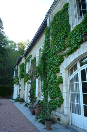 Domaine De La Brugere: The mansion from the terrace