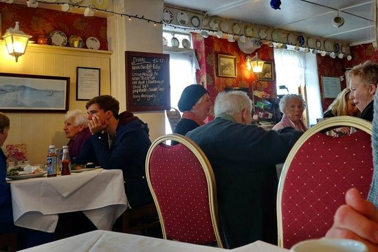 Harbour LIghts Cafe & Restaurant: The interior