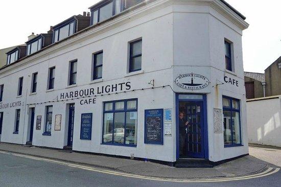 Harbour LIghts Cafe & Restaurant: The facade