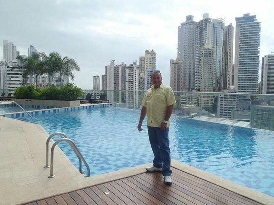 Hard Rock Hotel Panama Megapolis: Disfrutando de este gran hotel.