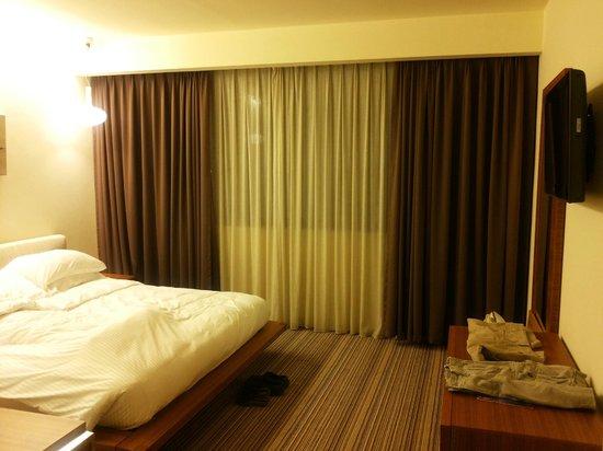 Radisson Blu Residence, Dubai Marina: Scorcio camera da letto