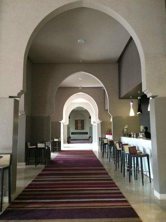 Pullman Marrakech Palmeraie Resort and Spa: Bar