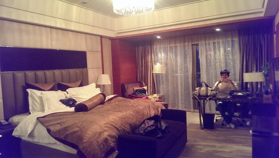 Wyndham Grand Plaza Royale Hangzhou: the bedroom