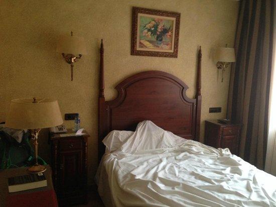 Salles Hotel Ciutat del Prat : What style it is?