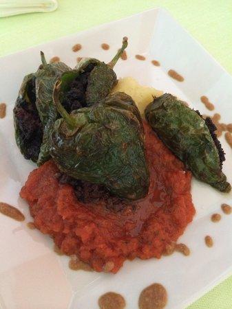 Mo GastroTapas: Pimientitos rellenos de morcilla con dulce de tomate