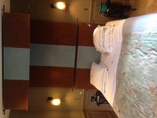 Hotel du Chateau: Chambre 2