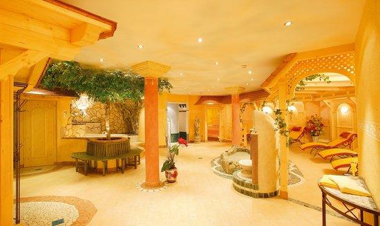 Wellness & Aparthotel Taxerhof: Wellness-Oase