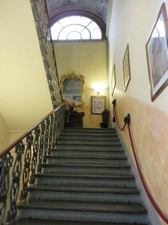 Hotel Villa Liana : Escalier 2