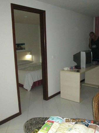 Ambassador Flat Hotel: Enmtrada
