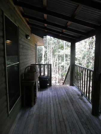 Narrows Escape Rainforest Retreat : Outside pavillion