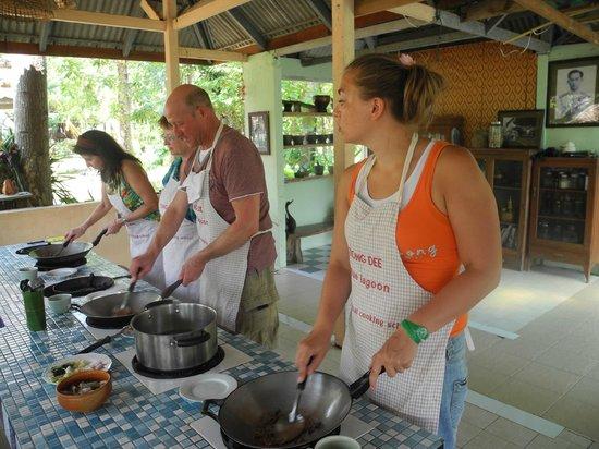 Blue Lagoon Cooking School: kooking