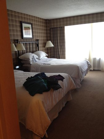 Sheraton Centre Toronto Hotel: Nice beds