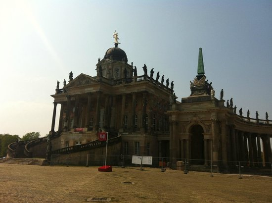 Fat Tire Tours Berlin: Other servants palace at the Neuer Palace