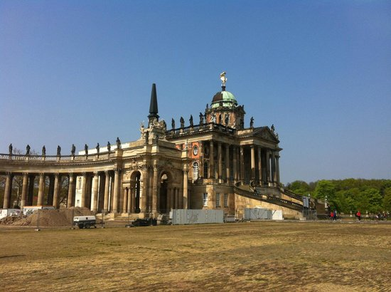 Fat Tire Tours Berlin: Servants Palace at the Neues Palace