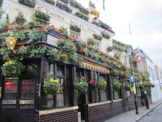 The Churchill Arms : Churchill Arms, Church Street, Kensington