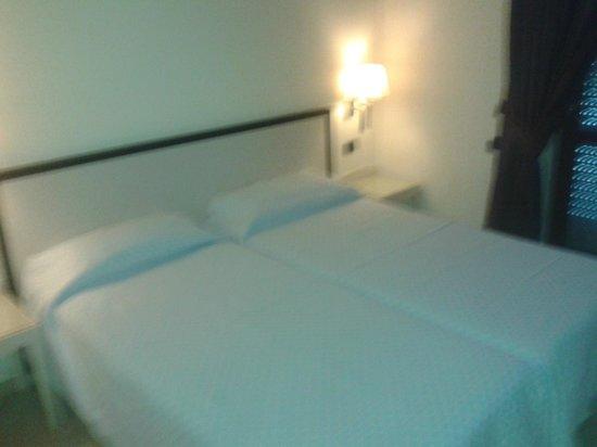 BEST WESTERN Suites & Residence Hotel: camera bimbi