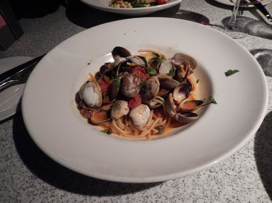 George's at the Cove: Spaghetti & Clams