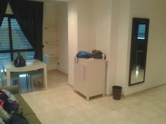 BEST WESTERN Suites & Residence Hotel: ingresso soggiorno