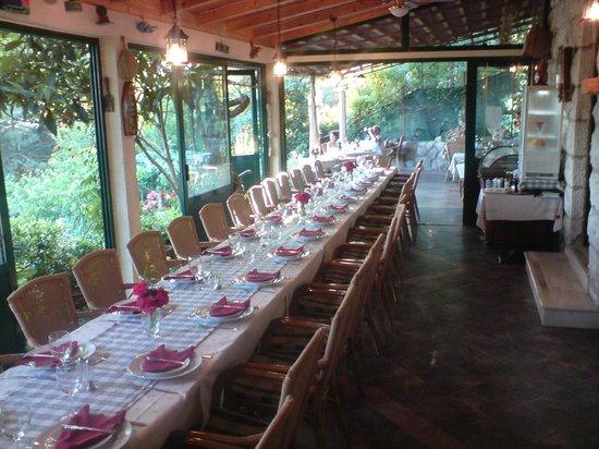 Konoba Restaurant Marinero: table for group