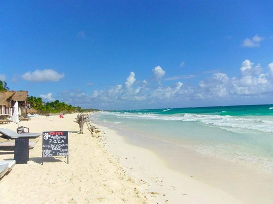 Om Tulum Hotel Cabanas and Beach Club: plage