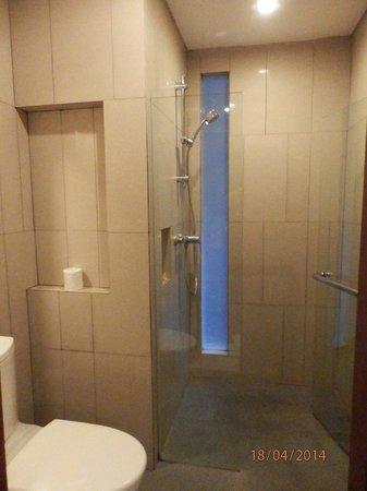 The Magani Hotel and Spa: Bathroom