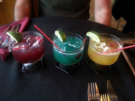 Conuco : Drink Sampler (3 mixed drinks for $12)