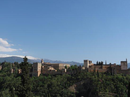 Plaza de San Nicolás: Vista dell?Alhambra da Mirador de San Sicolas