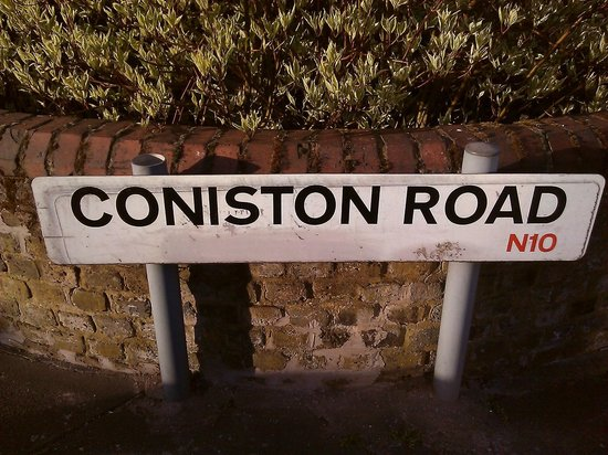 John and Norma's Homestay B&B: Coniston Road sign