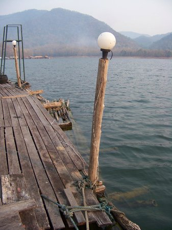 The Mae Ngat Dam & Reservoir: Dock here is where boat arrives but a nicer on runs parallel along the cabins