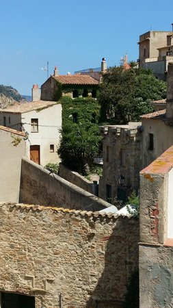 Vila Vella (Old Town): Houses in the old town