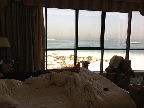 Le Royal Meridien Beach Resort & Spa : Vista dal letto!