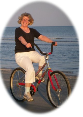 Hilton Head Island Bike Trails: Happiness is biking on Hilton Head Beach!