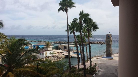 Sunscape Curaçao Resort Spa & Casino: View from our 'standard' 3rd floor room in Royal Tower