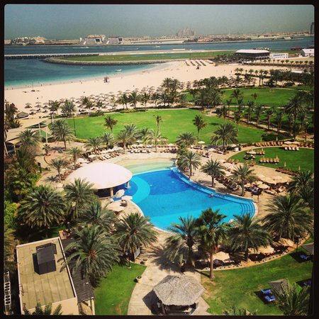 Le Royal Meridien Beach Resort & Spa : View from the balcony