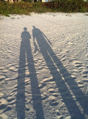 Gulf Beach Resort: Beach Sand