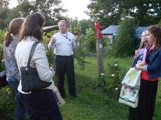The Trolley Company - Historic Hendersonville Tour: In the vineyard with Alan