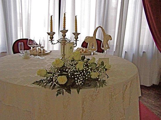 Hotel Palma: Tavola arredata per una festa di Matrimoni.