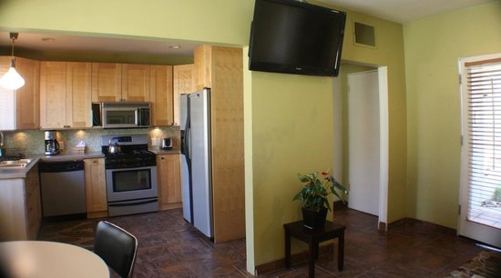 Desert Riviera Hotel : Living/Dining/Kitchen One Bedroom VIP Suite