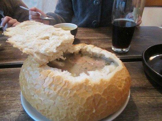 Суп польский в хлебе