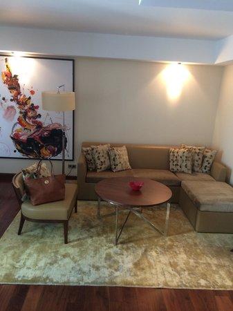 Jumeirah Frankfurt : Studio Living Area
