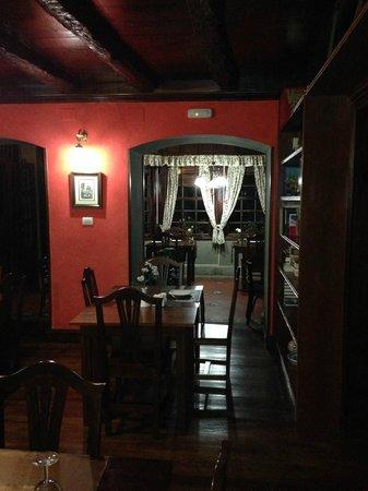 La Asomada del Gato: Eating area