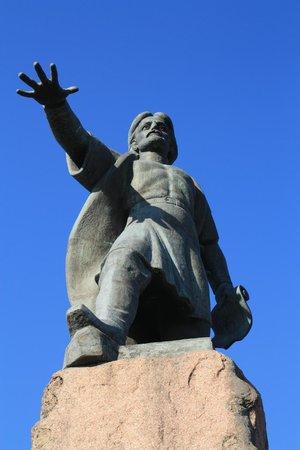 Памятник воеводе Андрею Дубенскому