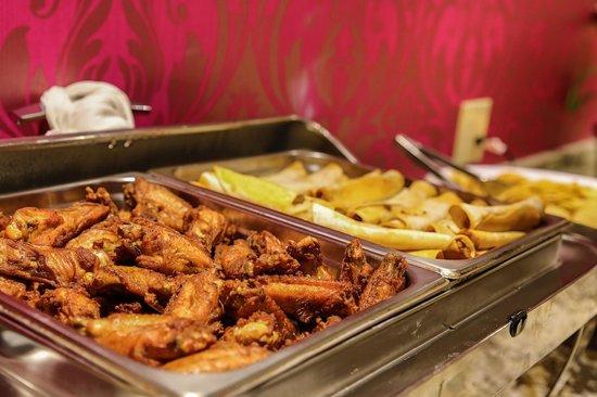 The Walnut Hotel Dallas I-35 North: Catering