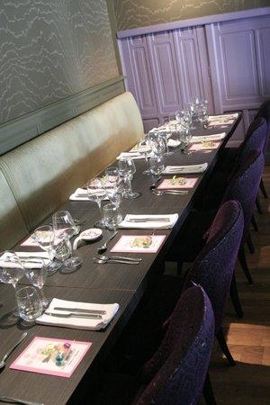 Le Capucin Gourmand : Table - 10 invités