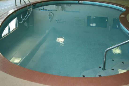 Comfort Inn & Suites Cookeville: Indoor heated pool