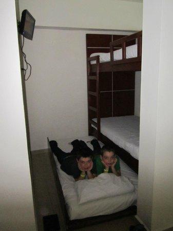 Great Parnassus Family Resort: Lits pour enfants