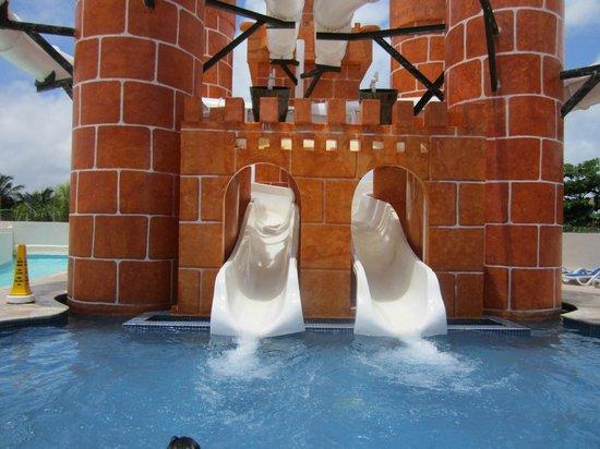 Great Parnassus Family Resort: Glissade d'eau