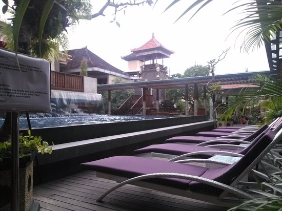 Hotel Horison Seminyak : the pool was smaller than I expected.